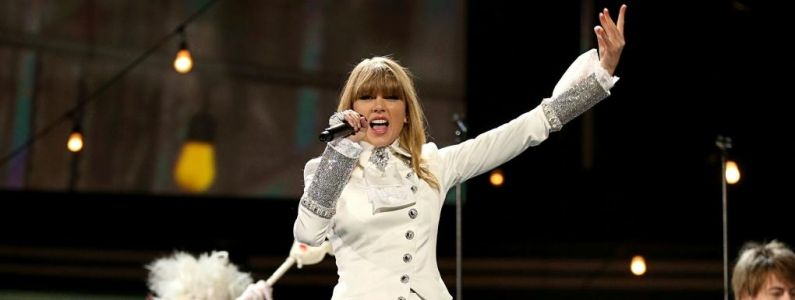 Cardi B, Taylor Swift, Camila Cabello, Shawn Mendes. La playlist de la semaine spéciale American Music Awards 2018