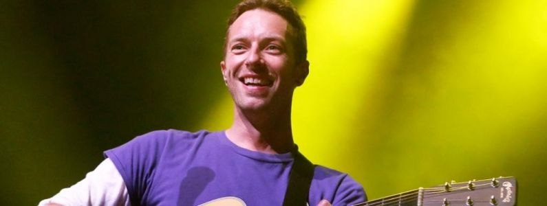 Coldplay devient Los Unidades et collabore avec Pharrell Williams