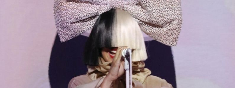 Sia:  Step By Step, le nouveau morceau en exclusivité sur Amazon Music